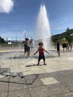 噴水水遊びの写真・画像素材[4162477]