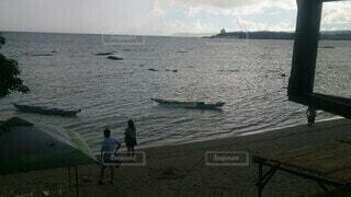海,空,屋外,湖,ビーチ,雲,ボート,船,水面,日中,水上バイク
