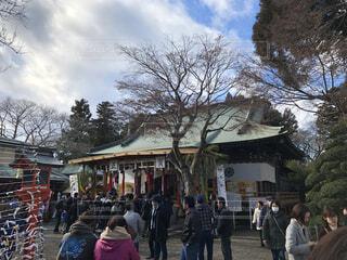 空,建物,群衆,屋外,神社,樹木,人物,人,たくさん,初詣,寺
