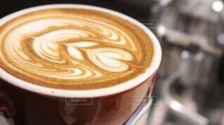 コーヒー,テーブル,カップ,エスプレッソ,ラテアート,ラテ,フラットホワイト,コーヒー牛乳,カフェイン,飲料,ホワイトコーヒー,マキアート,コーヒー カップ