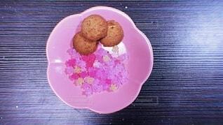 """""""クッキーを添えて""""の写真・画像素材[4214072]"""