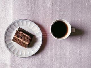 食べ物,カフェ,コーヒー,屋内,デザート,リラックス,カップ,紅茶,おうちカフェ,ドリンク,おうち,菓子,ライフスタイル,カフェイン,コーヒー カップ,おうち時間