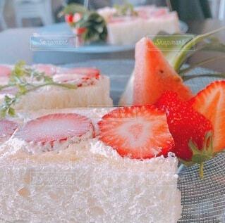食べ物,ケーキ,いちご,デザート,果物,フルーツサンド,菓子,イチゴ