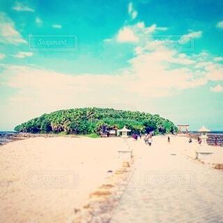 自然,海,空,夏,屋外,砂,ビーチ,雲,島,砂浜,水面,海岸,道,地面,参道,青島