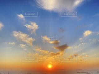 自然,空,屋外,太陽,ビーチ,雲,夕暮れ,水面,夕陽,日の出