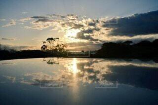 自然,風景,空,屋外,湖,雲,水面,反射,樹木,日の出