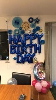 屋内,壁,誕生日,バースデー,飾りつけ