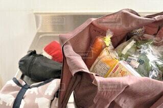 エコバッグに入った食品の写真・画像素材[4373210]