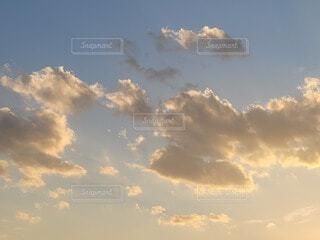 自然,風景,空,屋外,白,雲,青空,青,夕暮れ,夕方,オレンジ,光,ブルー,Sky,グラデーション,黄,クラウド,暮れ