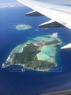 自然,空,屋外,ビーチ,島,飛行機,水面,航空写真,空中,地図