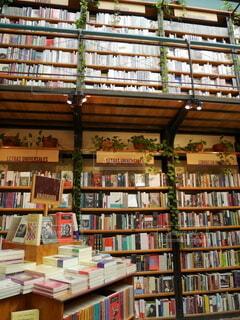 メキシコシティのインスタ映えスポット 図書館 + カフェ = カフェブレリアの写真・画像素材[4193276]