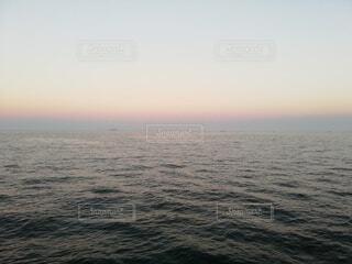 海,空,屋外,ビーチ,夕暮れ,水面,朝焼け
