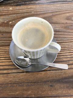 食べ物,カフェ,コーヒー,朝食,テーブル,スプーン,茶碗,皿,リラックス,マグカップ,食器,カップ,カプチーノ,エスプレッソ,紅茶,カフェオレ,おうちカフェ,ドリンク,ラテ,フラットホワイト,おうち,コーヒー牛乳,ライフスタイル,調理器具,カフェイン,飲料,ホワイトコーヒー,インスタントコーヒー,マキアート,食器類,コーヒー カップ,おうち時間,受け皿,コーヒー飲料
