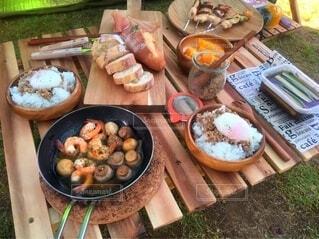食べ物,屋外,キャンプ,キャンプ料理,アヒージョ
