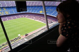 屋内,人物,人,サッカー,バルセロナ,サッカー観戦