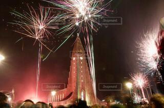空,夜,花火,高層ビル,明るい,景観,アイスランド