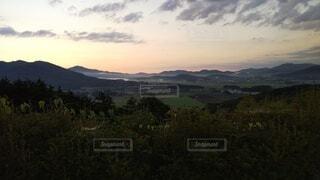 早朝ゴルフの風景の写真・画像素材[4206884]