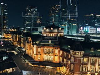 夜に映える日本の駅舎建築の写真・画像素材[4202244]