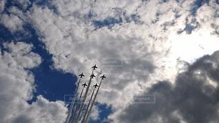 雲を切り裂くの写真・画像素材[4205490]