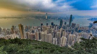 空,建物,絶景,屋外,雲,都市,山,登山,草,タワー,都会,高層ビル,香港,眺め,スカイライン