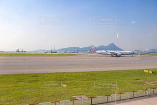 風景,空,屋外,飛行機,船,草,空港,滑走路,航空機,車両,駐機場