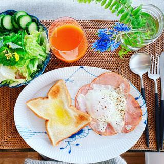 食べ物,カフェ,食事,朝食,デザート,テーブル,皿,健康的,リラックス,食器,料理,おいしい,おうちカフェ,ドリンク,おうち,ライフスタイル,レシピ,ファストフード,大皿,おうち時間,ステイホーム