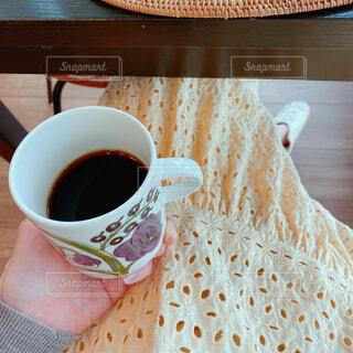 食べ物,カフェ,コーヒー,朝食,テーブル,スプーン,リラックス,マグカップ,食器,お菓子,カップ,紅茶,おうちカフェ,ドーナツ,ドリンク,おうち,ライフスタイル,カフェイン,アールグレイ,リラックスタイム,ペストリー,コーヒー カップ,おうち時間,受け皿,ステイホーム,たんぽぽコーヒー