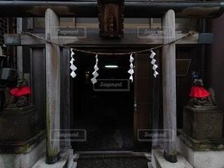 神社,不思議空間,道路沿
