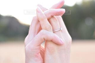 アクセサリー,手,時計,指,結婚指輪,人物,人,リング,婚約指輪,爪