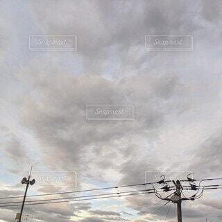 空,屋外,雲,電柱,くもり,景観