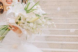 フラワーシャワーと花束の写真・画像素材[4291741]