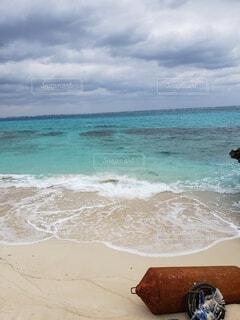 宮古島ブルーが綺麗に広がる海の写真・画像素材[4295855]