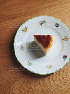 食べ物,スイーツ,カフェ,風景,ケーキ,デザート,テーブル,皿,リラックス,食器,おいしい,おうちカフェ,ドリンク,チーズケーキ,おうち,菓子,ライフスタイル,自家製,ファストフード,物,おうち時間