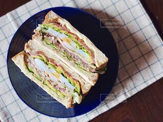 食べ物,カフェ,食事,屋内,パン,デザート,野菜,皿,リラックス,チーズ,サンドイッチ,食品,おいしい,おうちカフェ,手作り,ドリンク,おうち,菓子,ライフスタイル,自家製,レシピ,ファストフード,具沢山,おうち時間