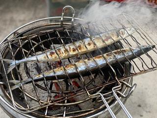 リラックス,煙,おうちカフェ,BBQ,おうち,ライフスタイル,さんま,炭焼き,おうち時間,おうちBBQ