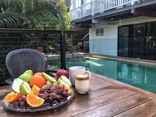 食べ物,カフェ,コーヒー,屋外,フルーツ,果物,リラックス,紅茶,モーニング,おうちカフェ,ドリンク,おうち,ライフスタイル,おうち時間,ダルゴナコーヒー