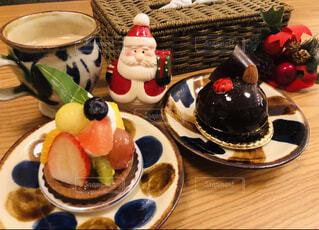 ケーキ,デザート,果物,皿,リラックス,おうちカフェ,ドリンク,誕生日ケーキ,菓子,やちむん