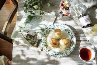 食べ物,カフェ,デザート,テーブル,スコーン,リラックス,おうちカフェ,ドリンク,おうち,菓子,ライフスタイル,おうち時間