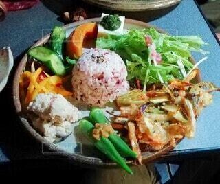 野菜たっぷりプレートの写真・画像素材[4330829]
