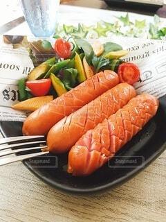 食べ物,屋内,オレンジ,テーブル,果物,野菜,皿,ニンジン