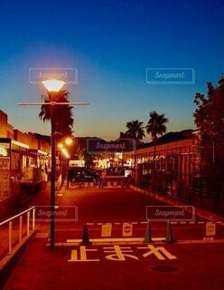 夜の都市の眺めの写真・画像素材[4769706]