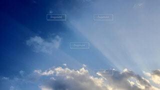 自然,空,屋外,雲,光,光線,ひととき,空がきれい,夕焼け前
