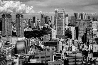 風景,空,建物,雲,市街地,都市,景色,タワー,都会,高層ビル,町並み,ダウンタウン,大都市,スカイライン,テキスト,黒と白