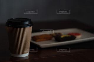 食べ物,カフェ,コーヒー,屋内,リラックス,マグカップ,おうちカフェ,ドリンク,おうち,ライフスタイル,シック,コーヒー カップ,おうち時間