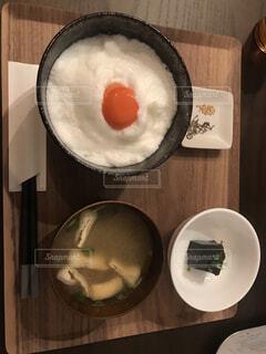 食べ物,屋内,皿,食器,レストラン,TKG,大皿,ボウル,卵かけご飯