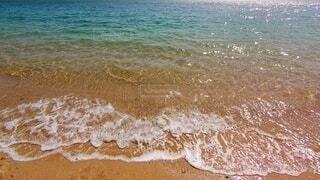 自然,海,春,屋外,砂,ビーチ,綺麗,青,波打ち際,波,水面,浜辺,キラキラ,beach,瀬戸内海,広島,sea,グラデーション,穏やか,Seto inland sea