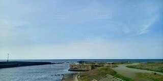 自然,空,屋外,湖,ビーチ,雲,川,水面,海岸,枯れ木,コンクリート,石,4月,インスタ映え,水域