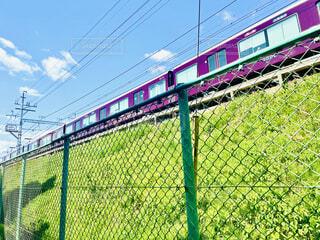 自然,風景,空,春,屋外,緑,電車,季節,景色,草,旅行,旅,列車,フェンス,通勤,鉄道,阪急