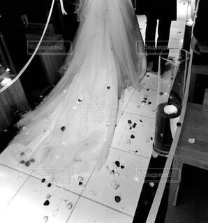 花嫁と花婿の足元の写真・画像素材[4435971]