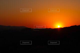 自然,風景,空,屋外,太陽,朝日,雲,夕暮れ,山,オレンジ,日の出